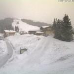 Зима продолжается в горах Австрии и Франции!
