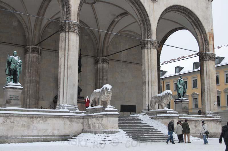 Памятники Мюнхена