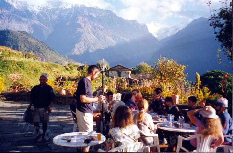 Обед в горах Непала