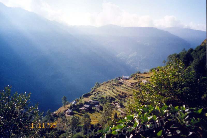 В горах Непала