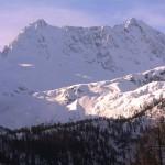 На курортах Италии и Андорры продолжает сыпать снег