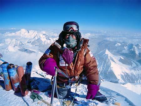 Ючиро Миура в 80-лет покорил Эверест