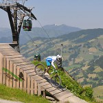 Ски-кроссерам позволительно падать, но только в велопарке
